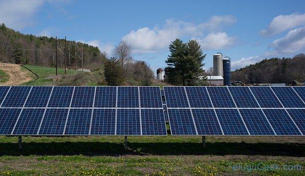 వర్షపు నీటి నుంచీ కూడా విద్యుత్తును తయారు చేయగల Solar Panels